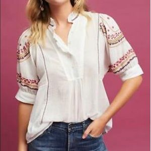 Anthropologie Akemi & Kin Blouse White Embroidered